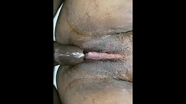 Latina superwet pwussy w/phat clit (repost)
