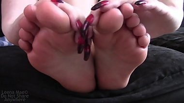 Licking Cum Off My Feet Fantasy
