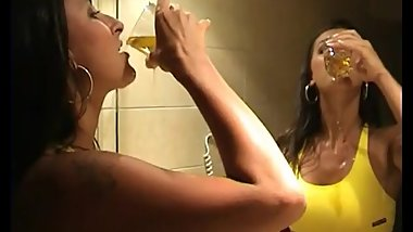 Brunette Drinks her Piss