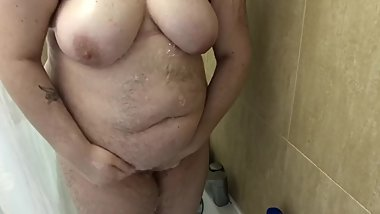 Sexy chubby girl shower