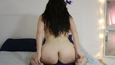 PAWG Teen Likes to Ride Rough Until She Orgasms
