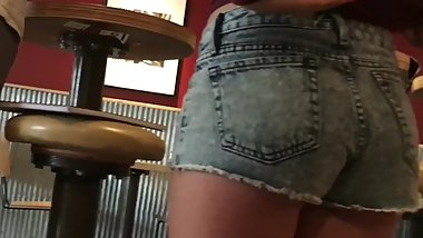 Candid teen in short jean shorts with nice butt
