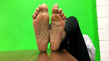 Friend Lets Me Record Her Soles In Class