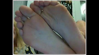 chatroulette girls feet 138