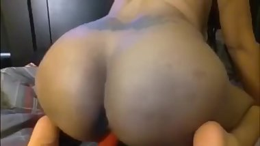 BBW fucking with a dildo