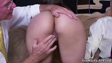 Old man xxx tongue kissing Then he goes after up with by giving her a