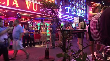 Bangkok Nightlife - Thai Prostitute - Soi Cowboy After Midnight