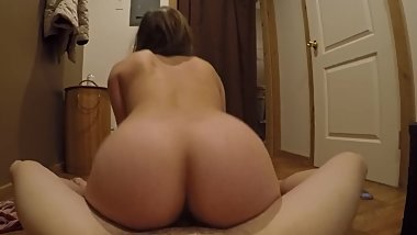Gorgeous Teen Riding Cock Reverse Cowgirl